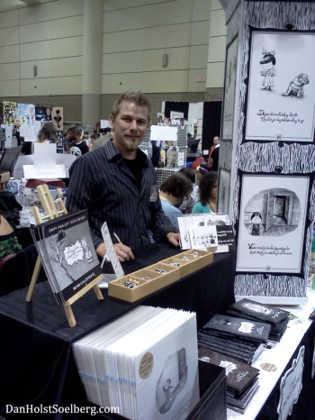 Dan Holst Soelberg at his 2014 Fan Expo table