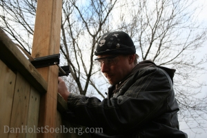 Dan Holst Soelberg trimming fence posts